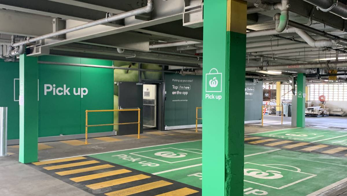Woolworths pick up using contactless click and collect