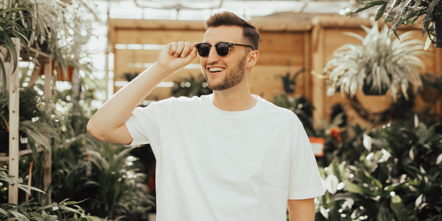 Customer happy about his favourite retail store having click and collect app